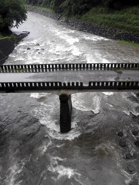 川原川・上野田川、合流点