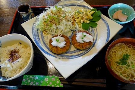花南豆腐ハンバーグ