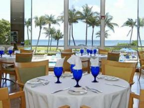miami-beach-resort-dining-4828-100.jpg
