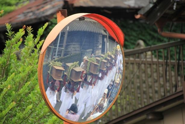 写真20-4街中の宇奈利行列