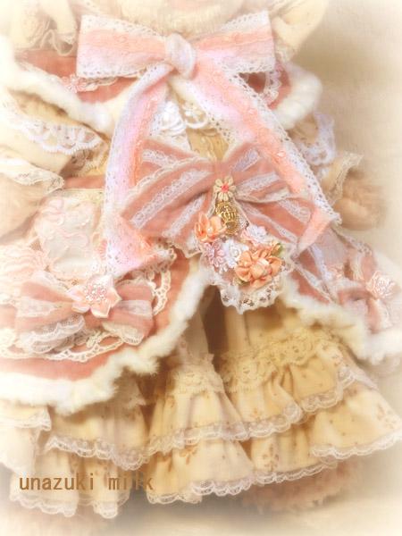 冬のシェリー姫,ドレスの装飾
