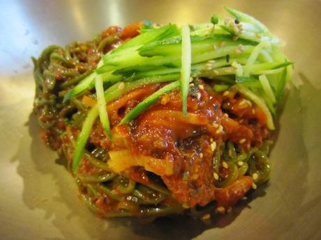 明洞餃子の麺