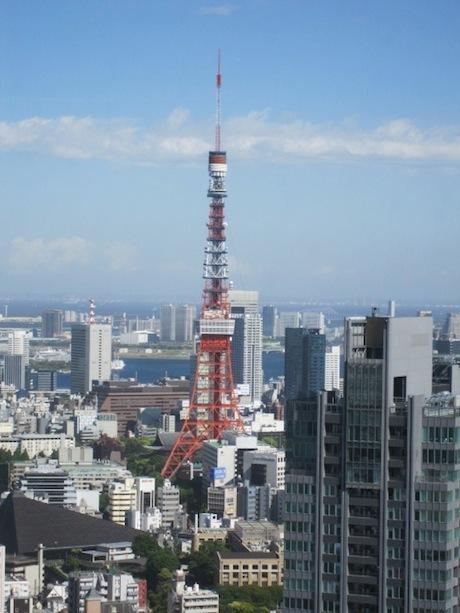 東京タワー真正面