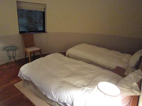 ベッドルーム−2
