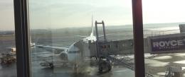 8:06 新千歳空港にて ~ この飛行機に乗ります。