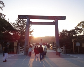 7:21 宇治橋の日の出