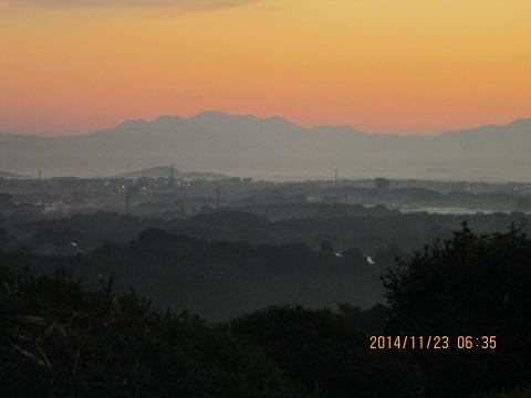 夜明け(於横平山)