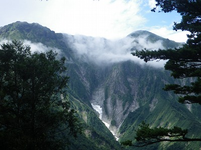 一ノ倉(1200m地点から)