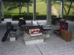 鏡山公園でアコの練習20130829