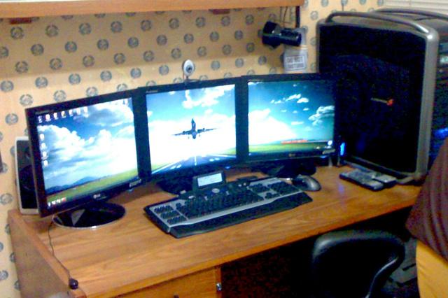 Desktop_Logitech2_14.jpg
