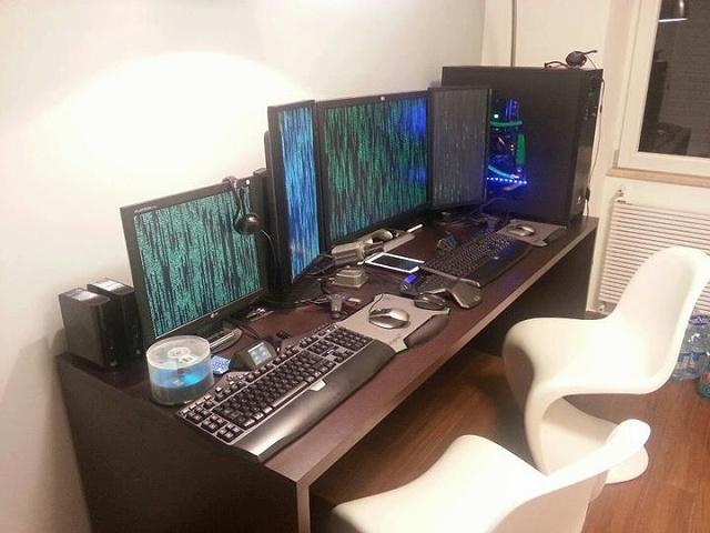 Desktop_Logitech2_32.jpg