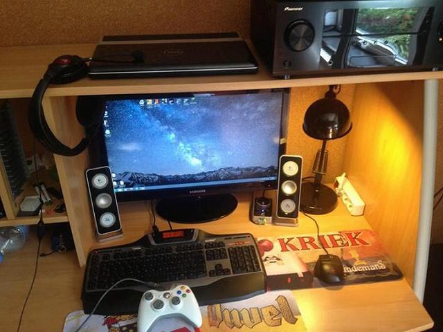 Desktop_Logitech2_69.jpg