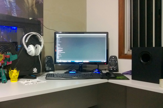 Desktop_Logitech2_76.jpg