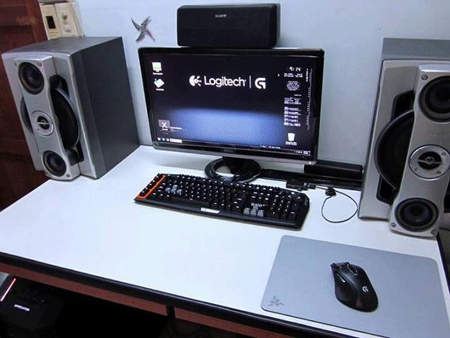 Desktop_Logitech2_87-.jpg