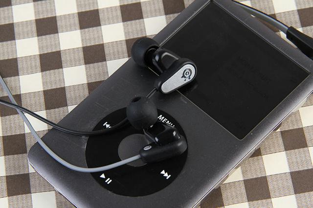 Flux_In-Ear_Pro_18.jpg