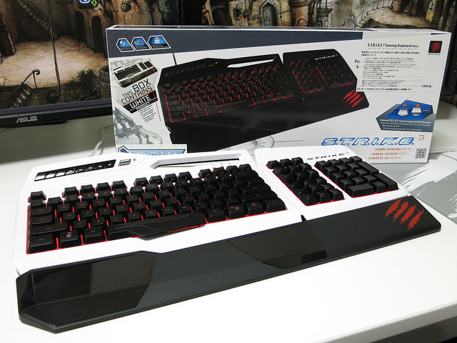 MadCatz_Strike3_Review_01.jpg