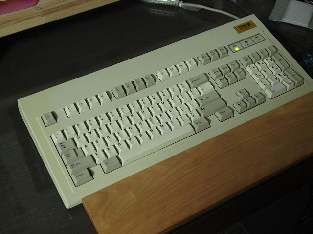 Mechanical_Keyboard_Palmrest_11.jpg
