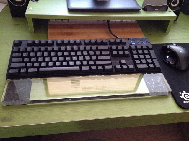 Mechanical_Keyboard_Palmrest_29.jpg