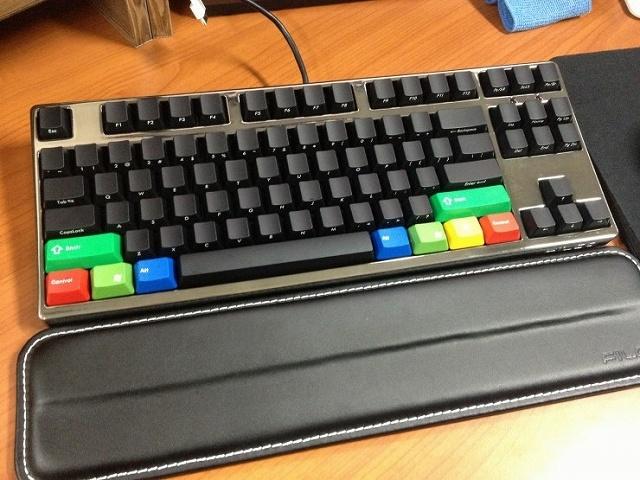 Mechanical_Keyboard_Palmrest_44.jpg