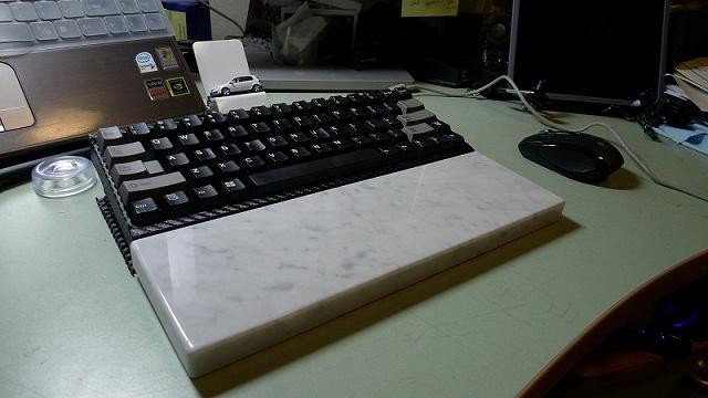 Mechanical_Keyboard_Palmrest_71.jpg