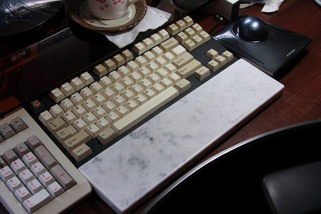 Mechanical_Keyboard_Palmrest_77.jpg