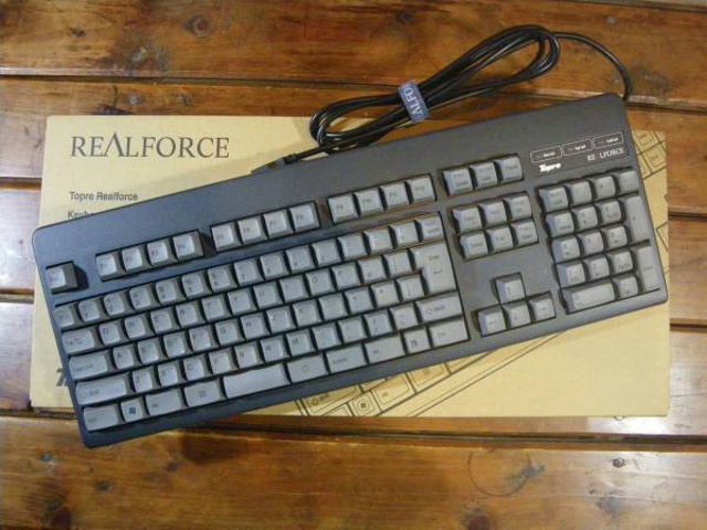 RealForce_108UG-HiPro_01.jpg