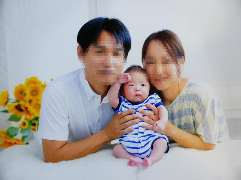 生後43日目、家族写真