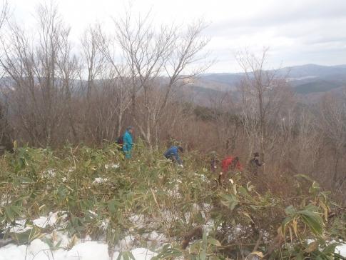 高岳山頂整備ボランテイア 017