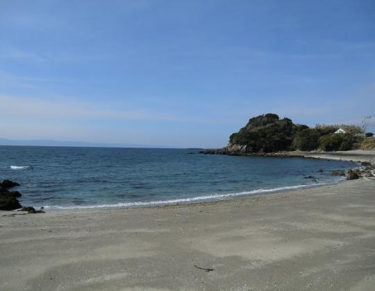 菅原神社脇の海岸線