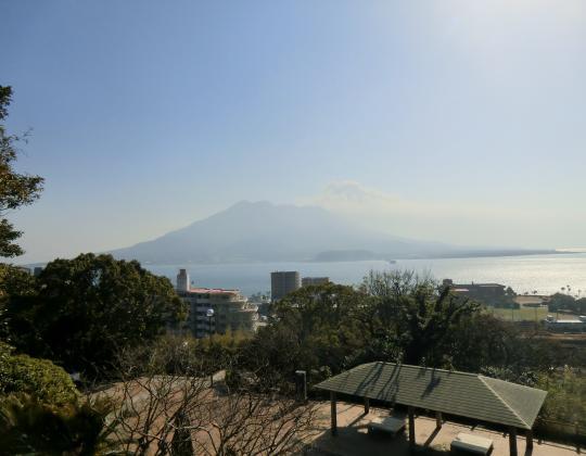 多賀公園から桜島を望む