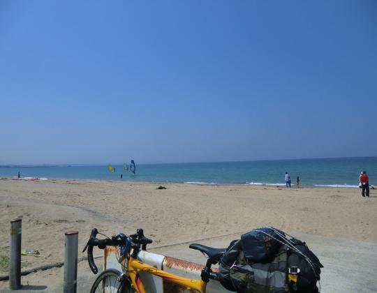 海岸ウインドサーフィン