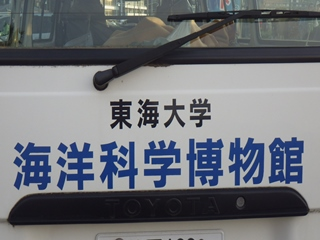 022-1_R.jpg