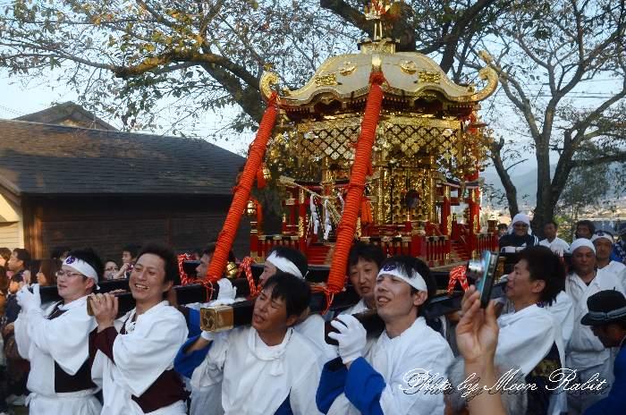 石岡神社神輿(みこし) 石岡神社祭礼宮入り2012 愛媛県西条市氷見