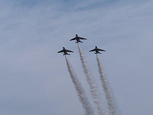 ブルー3機PB030172