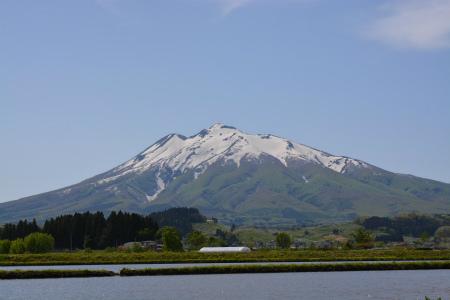 ブログ岩木山1