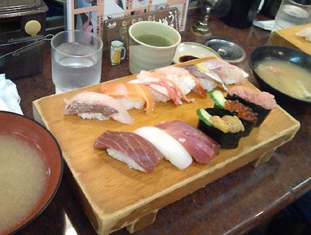 sushi01_20130820160907acf.jpg