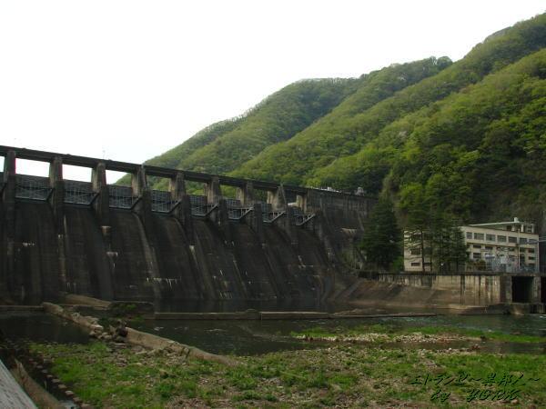 0490普段の旭川ダム110429