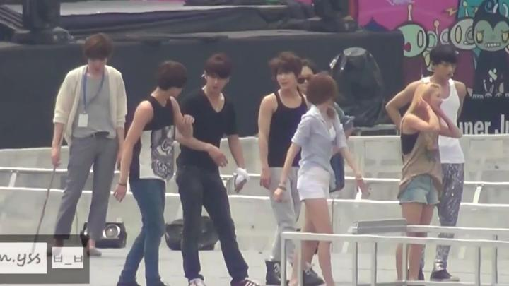 Dance Battle Rehearsal SMTOWN SG 12