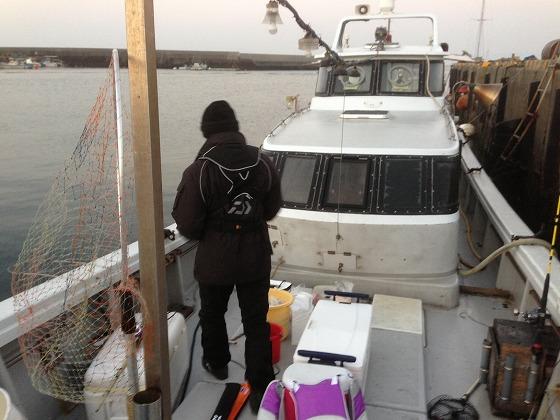 高須釣り-出港