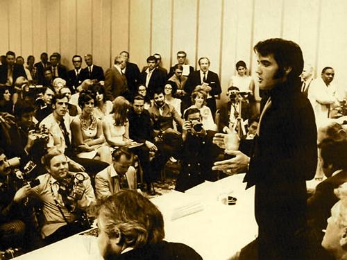 elvis1969-1.jpg