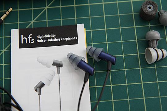 etymotic-hf5-ear-phones-7.jpg