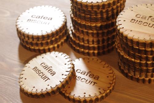 木製のビスケットコースター