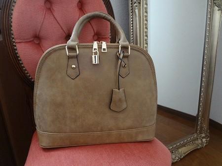 fifth(フィフス)のスウェードっぽいバッグが素敵だ
