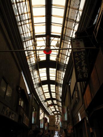 瀬戸_銀座通り商店街_アーケード2012_02