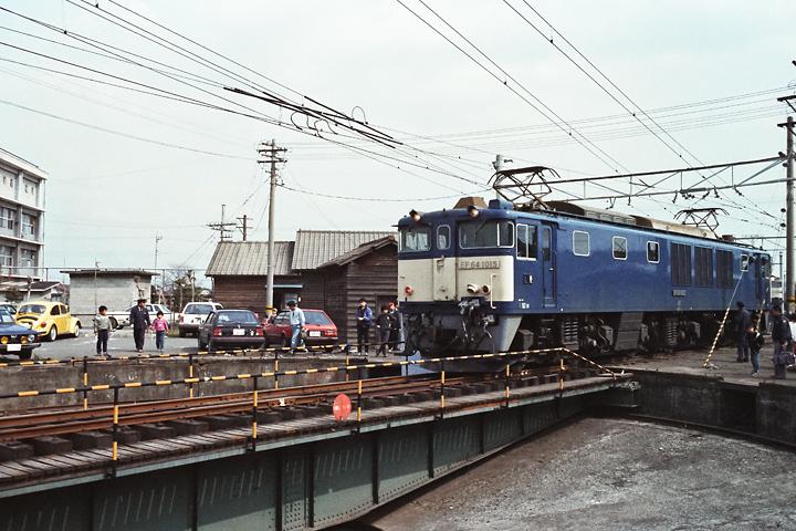 600403高崎2区_EF64-1015