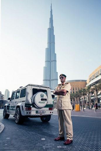 Brabus-B63S-700-Widestar-politie-Dubai-06.jpg