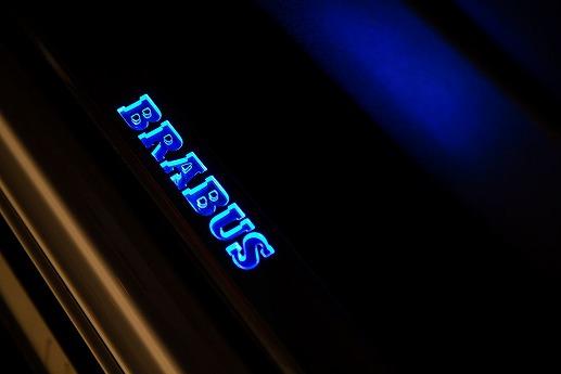 Brabus-B63S-700-Widestar-politie-Dubai-30.jpg
