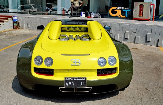 Bugatti-Veyron-Grand-Sport-Vitesse-groen-geel-05.jpg