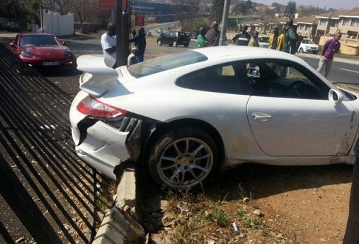 porsche-911-gt3-test-drive-crash-johannesburg-south-africa-august-2013-1-640x435.jpg