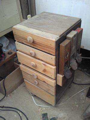 作業収納棚 (2)
